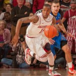 Razorbacks Earn Big Road Win Over Auburn
