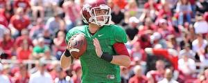 Razorbacks quarterback Brandon Allen