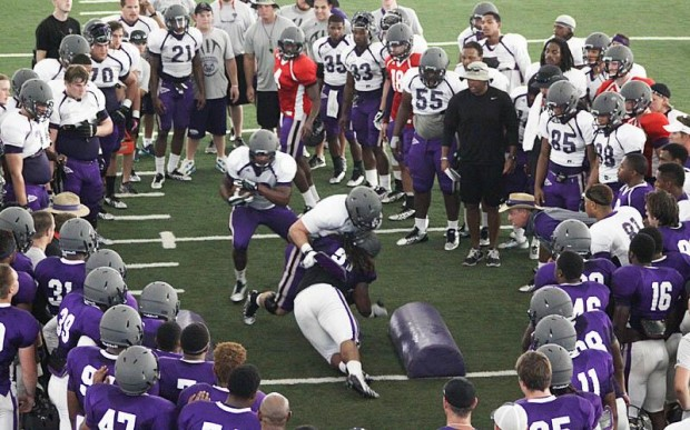 Arkansas Fall Football Practice Roundup UCA Bears Cave Drill