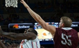 Strong First Half Not Enough for UALR vs Florida