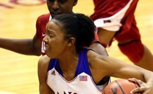Arkansas Women's Basketball Runs Record to 9-0 with Win at Kansas