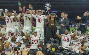 Arkansas tramples Texas in 2014 Texas Bowl