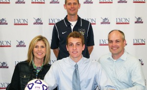 Christian Castro signs with Lyon College Soccer