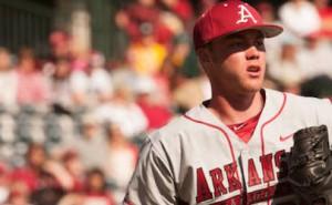 arkansas baseball team gets win over alabama
