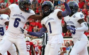 uca bears beat red wolves